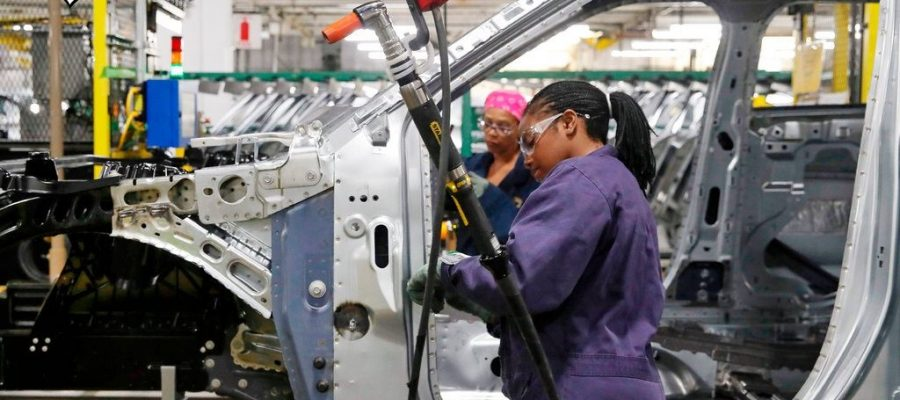Minority Women Are Winning the Jobs Race in a Record Economic Expansion